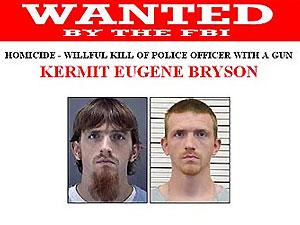 В США началась охота на убийцу полицейского