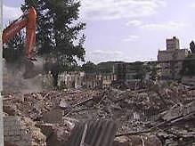 В Киеве на Подоле снесли завод