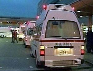 """Японец 25 лет без прав водил пожарные машины и """"скорую помощь"""""""