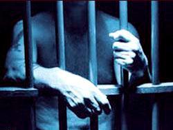 Итальянский вор просится в тюрьму из-за сварливой жены