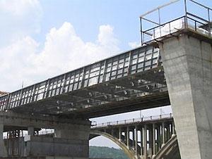 Недостроенный Дарницкий мост уже становиться опасным