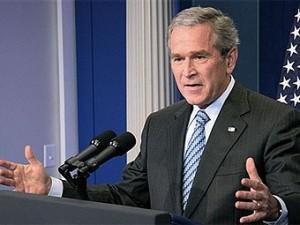 Буш призвал добывать нефть на американском шельфе