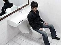 Непальский министр запер чиновника в туалете