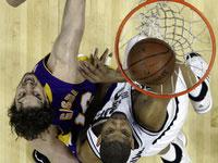 """NBA: """"Лейкерс"""" наносят ответный удар"""