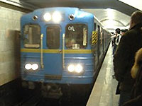 В киевском метро пустят больше поездов