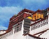 В тибетских монастырях обнаружено оружие и взрывчатка