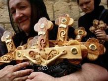 Православные верующие отмечают Великую Субботу