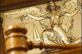 Судьбу указа о роспуске Рады суд будет решать сегодня