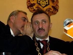 """Газета """"Сегодня"""": Скандальный львовский судья Зварич находится в Украине под прикрытием"""