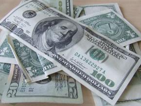 В обменниках за доллар дают 8,6 гривен