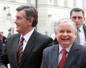 Ющенко уехал в Польшу обсуждать газовое соглашение с Россией