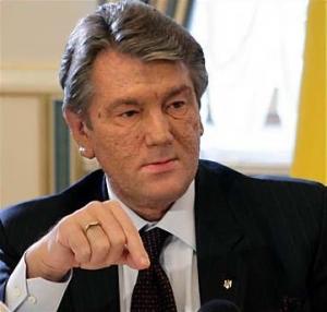 Ющенко уверен, что никому и даже Стельмаху не удастся удержать гривню на $6-6,5