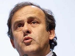 Президент УЕФА Платини намерен посетить Украину в апреле