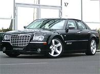Черновецкий распродает служебные Toyota и Chrysler. Стартовая цена – 1,16 млн грн