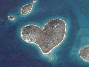 Накануне Дня cвятого Валентина в Адриатическом море нашли остров-сердце идеальной формы