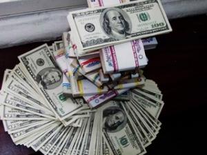 Доллар на межбанке сегодня продолжил свой рост