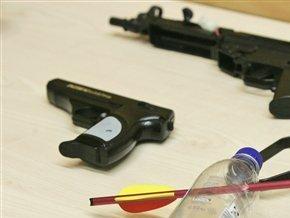 В Полтаве грабили людей с помощью игрушечных пистолетов