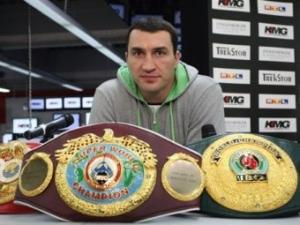 Бой Владимира Кличко с английским боксером оказался под угрозой срыва