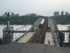 Мост Метро может обрушиться в ближайшие три года