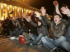 В Тбилиси неизвестные в масках избили активиста оппозиции