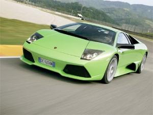Журнал Forbes назвал самые экономичные суперкары (12 фото)