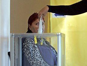 В 11 областях Украины проходят досрочные выборы