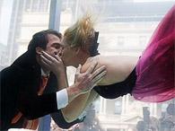 Первой сыграет свадьбу в невесомости пара из Нью-Йорка