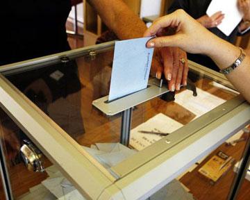 Выборы в Раду хотят провести за 800 миллионов гривен. В ЦИК недовольны