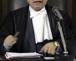 Судья прекратил слушание дела из-за того, что присяжные играли в Судоку