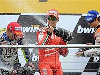 Кейси Стоунер выиграл Гран-при Великобритании