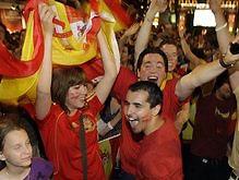 Тысячи испанцев побреются налысо в случае победы сборной на Евро-2008