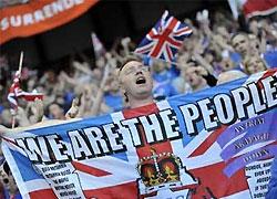 Полиция показала видеозапись драки с фанатами после финала Кубка УЕФА