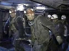 На донецкой шахте под завалами оказались 14 человек