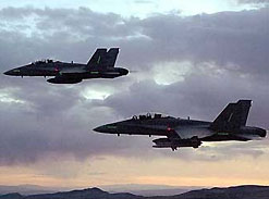 Над Персидским заливом потерпели крушение два истребителя F-18