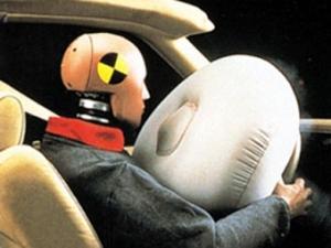 На автомобилях Nissan из-за соли не раскрываются подушки безопасности