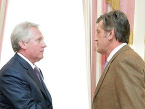 Ющенко поручил Медведько проверить, не крала ли Украина газ