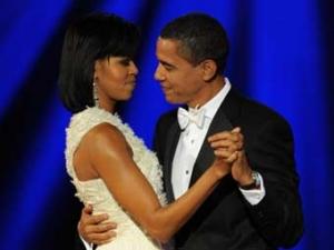 Барак и Мишель Обама станцевали первый президентский танец