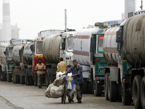 Украинская нефть подешевела на 57,6%
