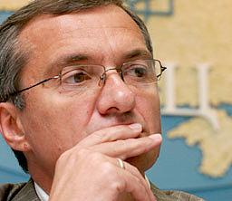 Секретариат Президента: Хорошковского сняли из-за его отказа растаможить газ Фирташа