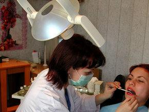 Медицина в Киеве станет платной с марта