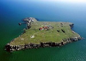 Украина прекращает освоение острова Змеиный