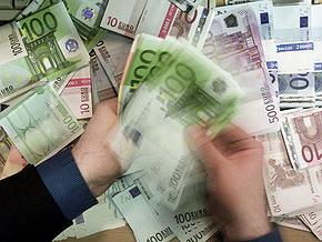 Евро дешевеет на межбанке