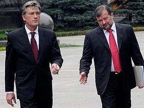 Балога приложил к заявлению об отставке просьбы родственников Ющенко
