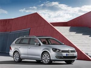 Новый VW Golf стал универсалом (5 фото)