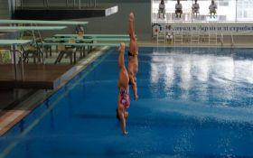 """Невероятные пируэты в воздухе: смотрите лучшие фото """"батлов"""" по прыжкам в воду"""