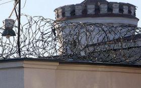У СІЗО Криму моторошною смертю загинули чотири українці