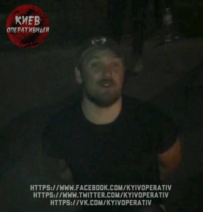 Ми ж свої: з'явилися фото і відео затримання п'яних поліцейських в Києві (1)