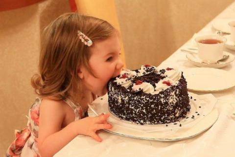 Есть торт руками фото