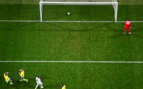 Где мяч: белорусский голкипер пропустил самый курьезный гол года - опубликовано видео