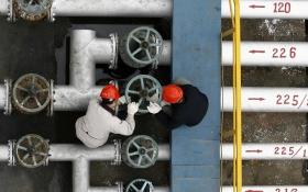 """""""Нафтовий армагеддон"""" робить Росію слабшою - Bloomberg"""